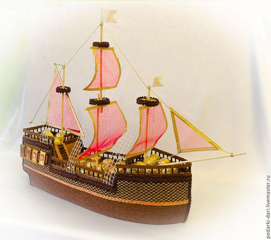 Персональные подарки ручной работы. Ярмарка Мастеров - ручная работа. Купить Корабль из конфет с алыми парусами. Handmade. Алые паруса