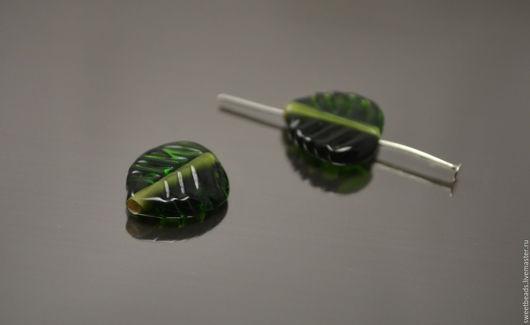 Для украшений ручной работы. Ярмарка Мастеров - ручная работа. Купить Листик лампворк лэмпворк, темно-зеленый. Handmade.
