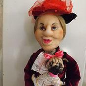 Мягкие игрушки ручной работы. Ярмарка Мастеров - ручная работа Графиня с мопсом -интерьерная кукла. Handmade.