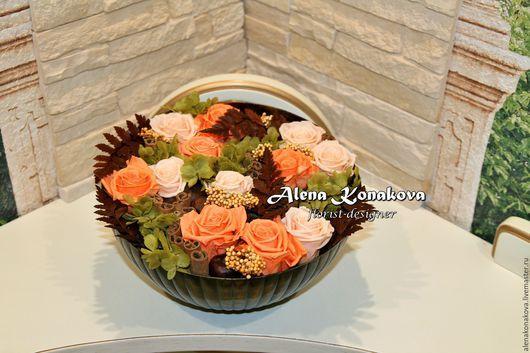 Фитодизайн помещений ручной работы. Ярмарка Мастеров - ручная работа. Купить Композиция из стабилизированных цветов с корицей и каштанами. Handmade.