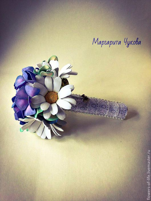 """Свадебные цветы ручной работы. Ярмарка Мастеров - ручная работа. Купить Свадебный букет дублер """"Ромашки в поле"""" из фоамирана. Handmade."""