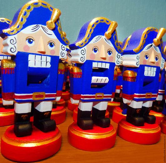Новый год 2017 ручной работы. Ярмарка Мастеров - ручная работа. Купить Деревянный Щелкунчик синий. Handmade. Тёмно-синий, синий