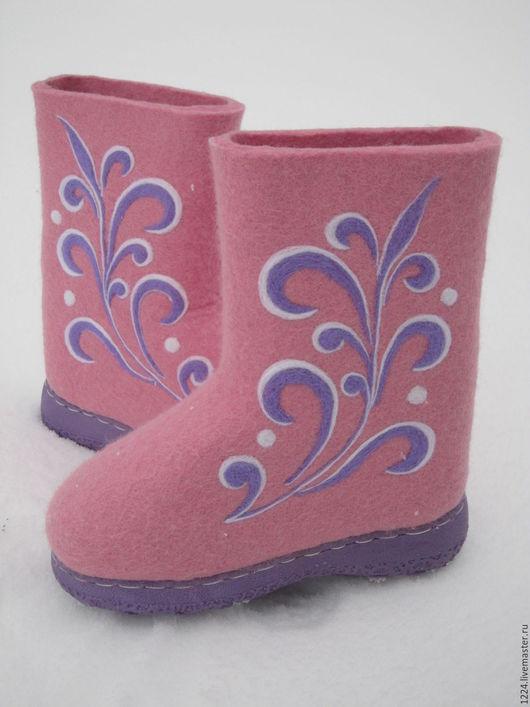 Обувь ручной работы. Ярмарка Мастеров - ручная работа. Купить Валенки. Handmade. Розовый, валенки на подошве, обувь ручной работы