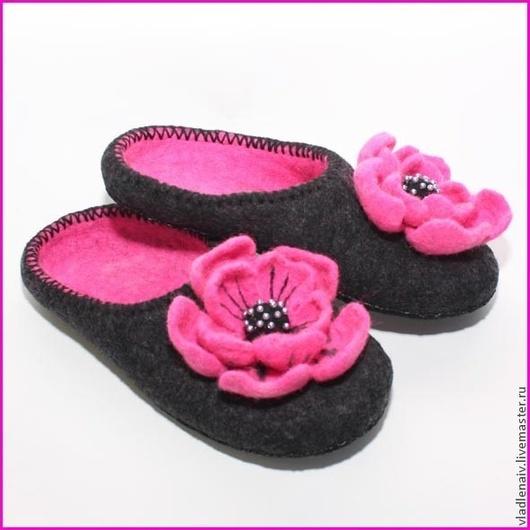 """Обувь ручной работы. Ярмарка Мастеров - ручная работа. Купить Тапочки """"Розово-черные"""". Handmade. Разноцветный, тапочки валяные"""