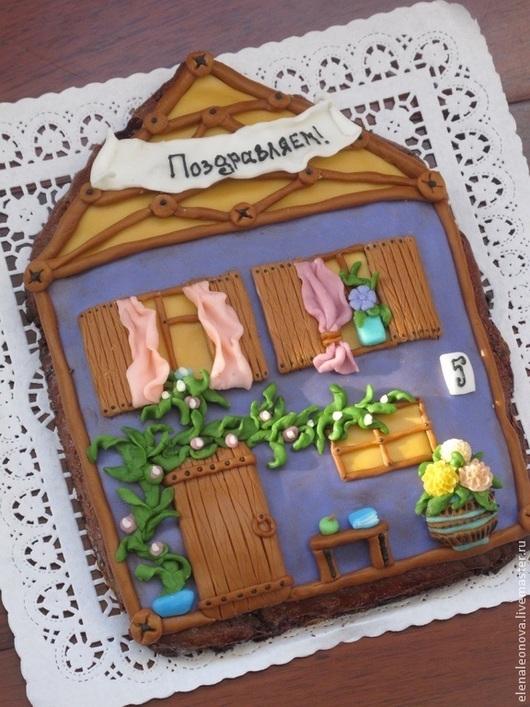 """Кулинарные сувениры ручной работы. Ярмарка Мастеров - ручная работа. Купить Пряничный домик """"Поздравляем"""". Handmade. Пряник с начинкой, цветы"""