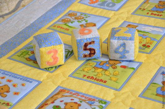 """Детская ручной работы. Ярмарка Мастеров - ручная работа. Купить """"Посчитаем, малыш?""""  Одеялко и кубики. Handmade. Детское лоскутное одеяло"""