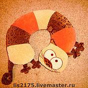 Для дома и интерьера ручной работы. Ярмарка Мастеров - ручная работа Подушка под шею КОТ. Handmade.
