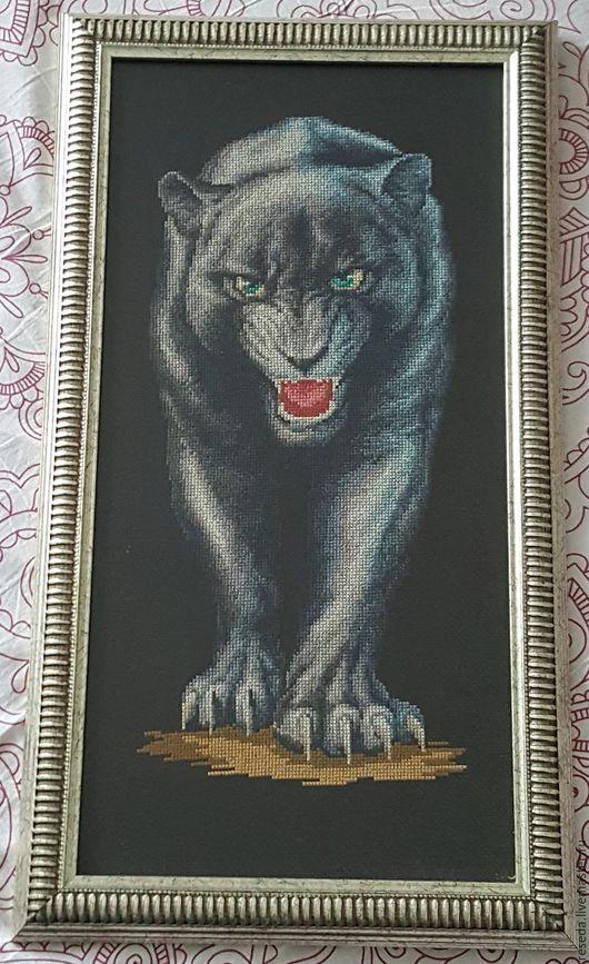 Животные ручной работы. Ярмарка Мастеров - ручная работа. Купить Серебристая пантера. Handmade. Картина для интерьера, пантера, Вышитая картина