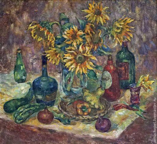 Натюрморт с подсолнухами. Анна Чепель. 85 x 80 см., холст, масло, 2000.  Букет подсолнухов, в окружении бутылей разных форм, дополненный овощами. Написано широким пастозным мазком.