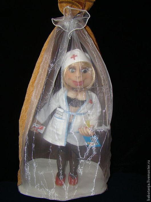 Коллекционные куклы ручной работы. Ярмарка Мастеров - ручная работа. Купить кукла  из капрона медицинский работник (медсестра). Handmade. трессы