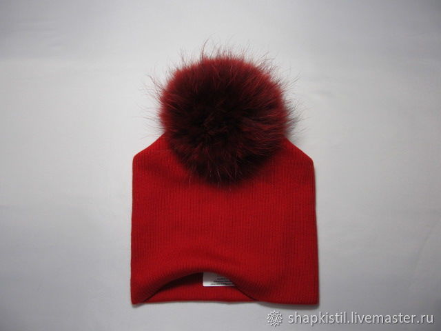 Woolen knitted beanie color bright red, fur POM POM real raccoon fur color: red detachable
