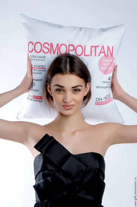 Подушка Cosmopolitan от Alexander Awe