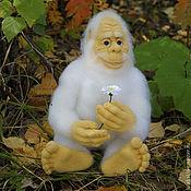 Куклы и игрушки ручной работы. Ярмарка Мастеров - ручная работа Снежный человек. Валяная игрушка.. Handmade.