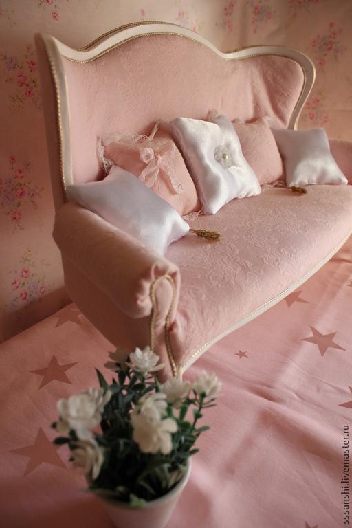 """Кукольный дом ручной работы. Ярмарка Мастеров - ручная работа. Купить Софа 1:4 """"Розовый зефир"""". Handmade. Мебель для кукол"""