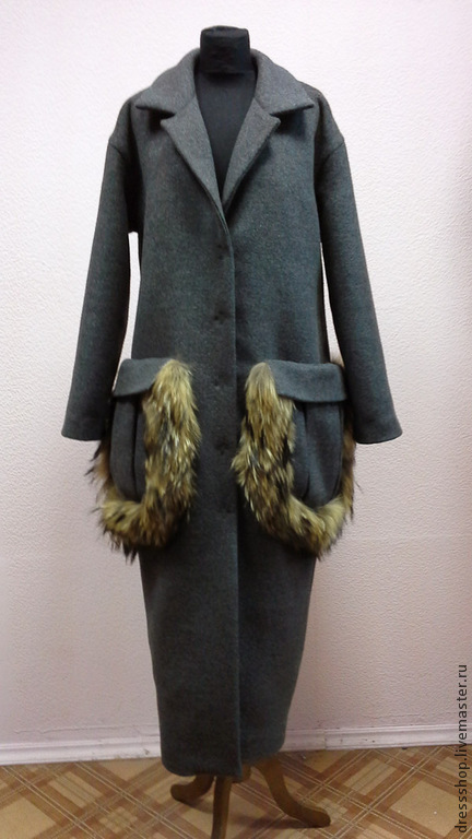 """Верхняя одежда ручной работы. Ярмарка Мастеров - ручная работа. Купить Пальто с """"меховыми"""" карманами. Handmade. Темно-серый"""