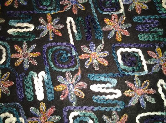"""Шитье ручной работы. Ярмарка Мастеров - ручная работа. Купить Ткань пальтовая с шерстяной вышивкой """"Изумрудно-сиреневое бохо"""". Handmade."""