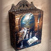 """Для дома и интерьера handmade. Livemaster - original item Ключница """"В старом замке"""". Handmade."""