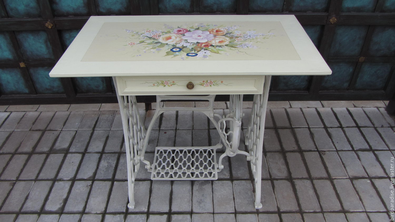 стол расписной на чугунной станине мебель из дерева под старину