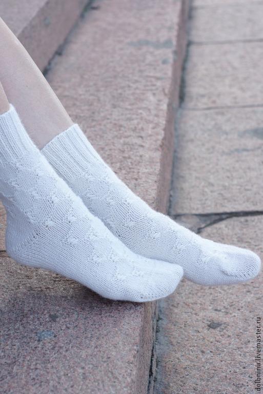 Носки, Чулки ручной работы. Ярмарка Мастеров - ручная работа. Купить Женские вязаные носки Alpaca white. Handmade. Белый