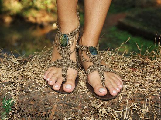 Обувь ручной работы. Ярмарка Мастеров - ручная работа. Купить Magiс shoes - макраме обувь с лабрадоритами. Handmade. Бежевый, лабрадорит