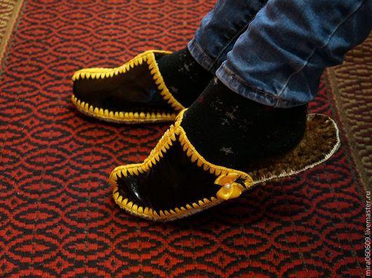 Обувь ручной работы. Ярмарка Мастеров - ручная работа. Купить Тапочки из кожи, сшитые. Handmade. Тапочки, тапочки мужские
