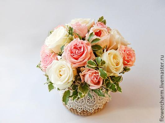 Композиция из роз в стиле Шебби Шик