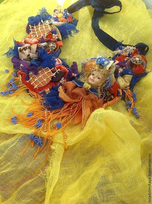 Колье, бусы ручной работы. Ярмарка Мастеров - ручная работа. Купить Колье №46. Вокруг куколки.. Handmade. Бохо стиль