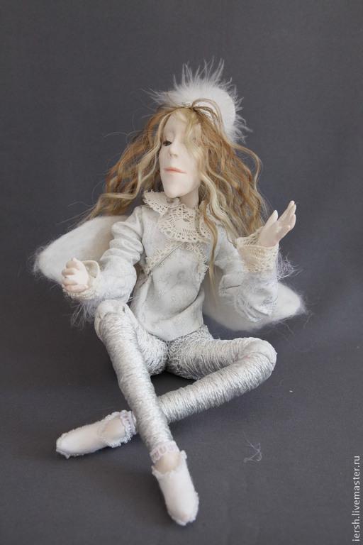 Сказочные персонажи ручной работы. Ярмарка Мастеров - ручная работа. Купить Ангел А. Handmade. Белый, рождество, вышивка стеклярусом