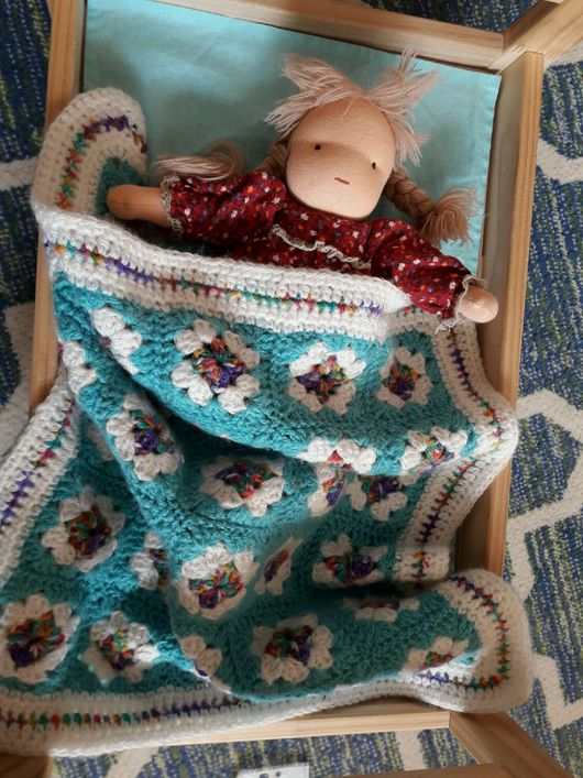 Как связать одеяло для куклы