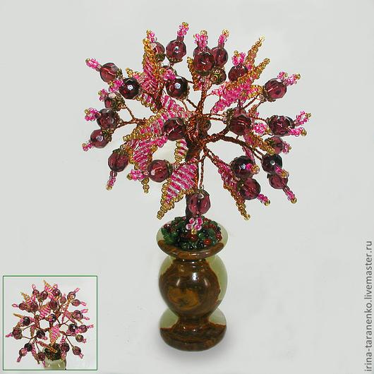 Дерево любви из раухтопаза в вазочке из оникса