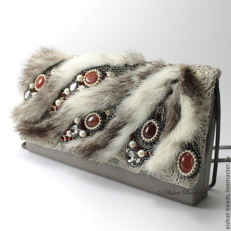 http://cs1.livemaster.ru/storage/14/b5/b57a8649666b5c9d12fbe5a84104--sumki-aksessuary-elzas-klatch-s-mehom-norki.jpg