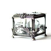 Свадебный салон ручной работы. Ярмарка Мастеров - ручная работа Маленькая квадратная шкатулка для колец с прозрачным дном. Handmade.