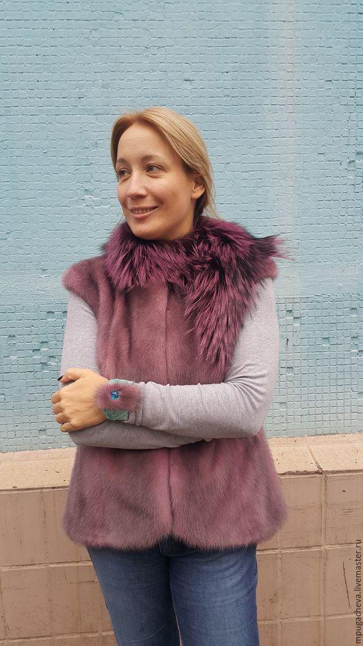 Верхняя одежда ручной работы. Ярмарка Мастеров - ручная работа. Купить Меховой норковый жилет розового цвета с жемчужно-серебристым отливом. Handmade.