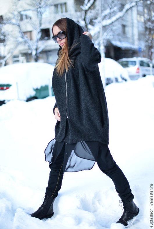 Купить пальто. Пальто с капюшоном. Шерстяное пальто. Пальто ручной работы.