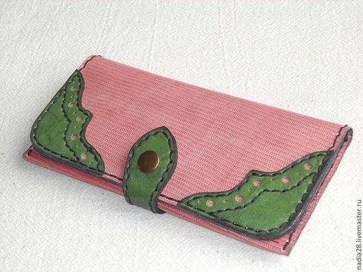 Кошельки и визитницы ручной работы. Ярмарка Мастеров - ручная работа. Купить Бумажник кошелек женский Розовый натуральная кожа. Handmade.