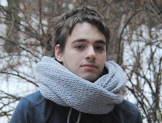 Шарфы и шарфики ручной работы. Ярмарка Мастеров - ручная работа. Купить Мужской шарф-снуд светло-серый (полушерсть). Handmade.