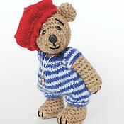 Куклы и игрушки ручной работы. Ярмарка Мастеров - ручная работа Вязаный мишка француз. Handmade.