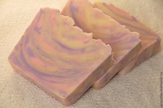 Мыло ручной работы. Ярмарка Мастеров - ручная работа. Купить «Сирень» натуральное мыло ручной работы. Handmade. Сиреневый