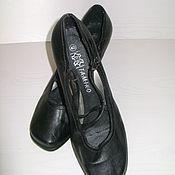 Винтаж ручной работы. Ярмарка Мастеров - ручная работа Туфли женские черные на небольшой танкетке TAMIKO. Handmade.