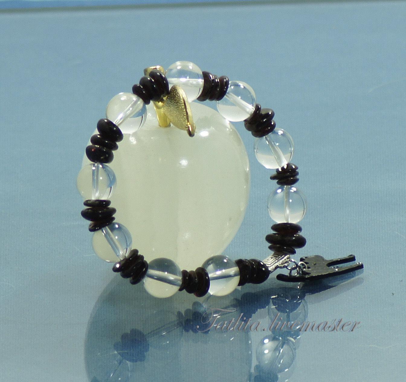 Браслет из натуральных камней для Козерогов и любителей черных кошек