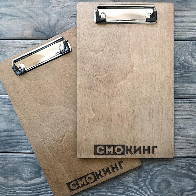 Планшет из дерева с зажимом с вашим логотипом для меню, Папки, Москва,  Фото №1
