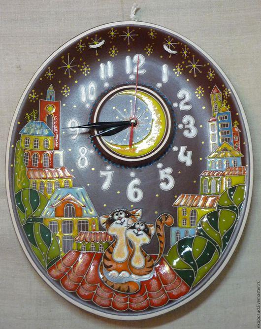 """Часы для дома ручной работы. Ярмарка Мастеров - ручная работа. Купить Часы настенные """"Влюбленные коты"""". Часы из глины.. Handmade."""