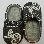 """Обувь ручной работы. Ярмарка Мастеров - ручная работа Тапки валяные домашние """"Кошки-3"""". Handmade."""