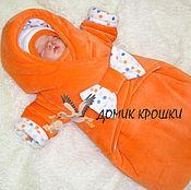 """Работы для детей, ручной работы. Ярмарка Мастеров - ручная работа Комбинезон-конверт для новорожденного """"Оранжевый с бантом"""" на горошках. Handmade."""