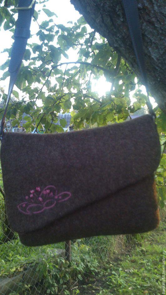 Женские сумки ручной работы. Ярмарка Мастеров - ручная работа. Купить Валяная сумка. Handmade. Коричневый, сумка войлочная, хендмейд