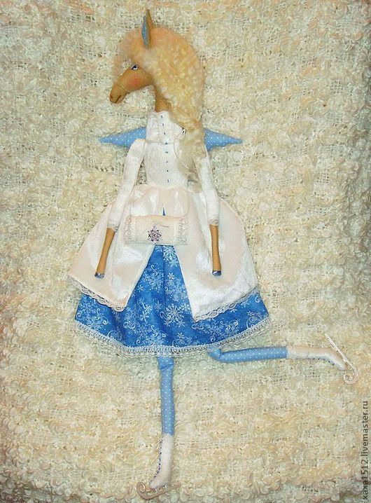 Куклы Тильды ручной работы. Ярмарка Мастеров - ручная работа. Купить Лошадка текстильная Амалия. Handmade. Текстильная кукла, цветы