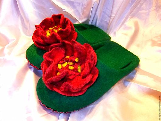 Обувь ручной работы. Ярмарка Мастеров - ручная работа. Купить Валяные тапочки Буйство цвета. Handmade. Зеленый, новозеландский кардочес