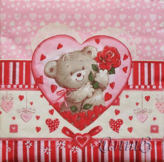 медвежонок в розовом сердце