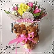 Подарки к праздникам ручной работы. Ярмарка Мастеров - ручная работа Ручной минибукет из конфет с мишками. Handmade.