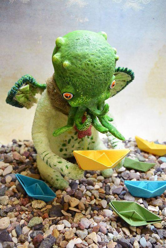 Сказочные персонажи ручной работы. Ярмарка Мастеров - ручная работа. Купить Ктулху младший. Handmade. Зеленый, игрушка на каркасе, мулине